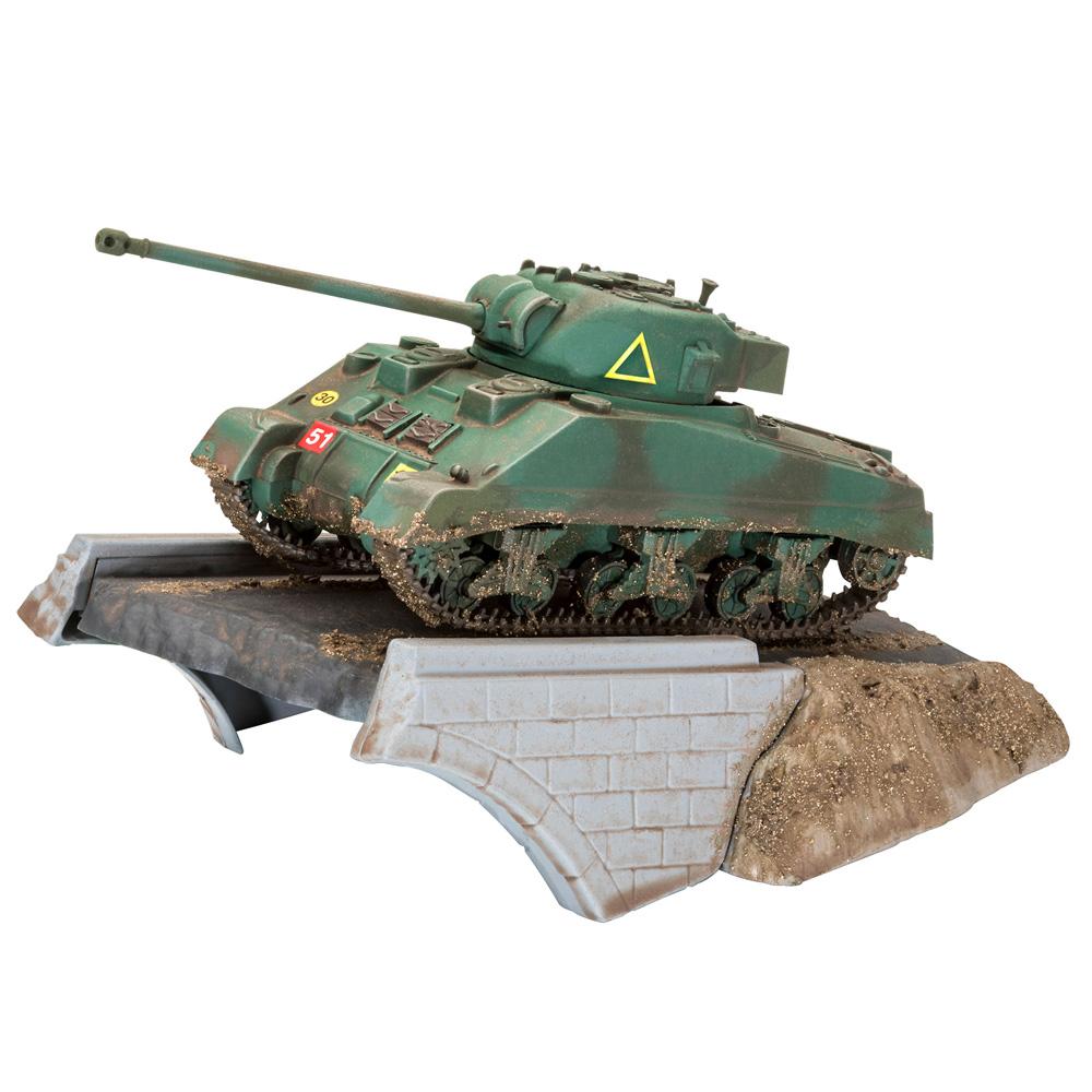 First Diorama Set - Sherman Firefly